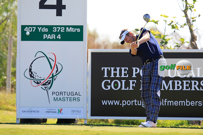 David Lynn (ENG) tees off the 4th tee during Thursday's Round 1 of the 2013 Portugal Masters held at the Oceanico Victoria Golf Club. 10th October 2013.<br /> Picture: Eoin Clarke www.golffile.ie