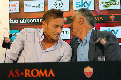 28.04.2016. Rome, Italy. James Pallotta and Francesco Totti . Roma captain Francesco Totti has signed a new two-year contract which ties him to the Italian side until just before his 40th birthday.