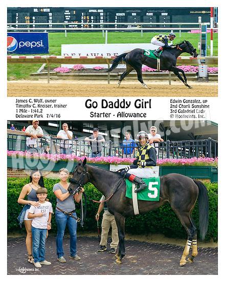 Go Daddy Girl winning at Delaware Park on 7/4/16