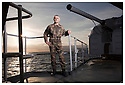 Porte h&eacute;licopt&egrave;res Jeanne d'Arc<br /> Ocean Atlantique<br /> Capitaine d'armes.  <br /> Major fusillier JJ Nadon.