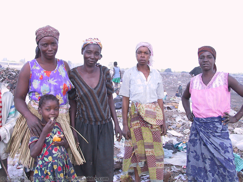 Bocaria (dump), Maputo, Mozambique, AFRICA, Iris Ministries May 2001.