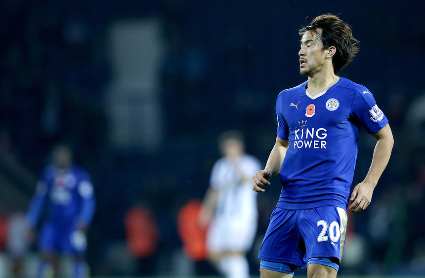 Leicester City's Shinji Okazaki in action during todays match  <br /> <br /> Photographer Rachel Holborn/CameraSport<br /> <br /> Football - Barclays Premiership - West Bromwich Albion v Leicester City - Saturday 31st October 2015 - The Hawthorns - West Bromwich<br /> <br /> &copy; CameraSport - 43 Linden Ave. Countesthorpe. Leicester. England. LE8 5PG - Tel: +44 (0) 116 277 4147 - admin@camerasport.com - www.camerasport.com