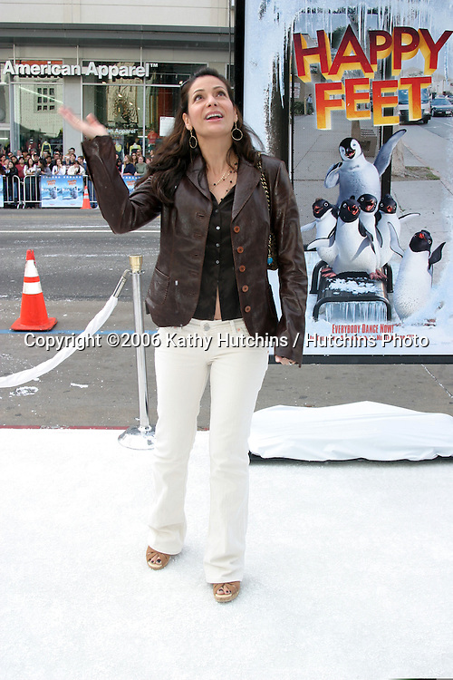 "Constance Marie.""Happy Feet"" Premiere.Grauman's Chinese Theater.Hollywood, CA.November 12, 2006.©2006 Kathy Hutchins / Hutchins Photo...."