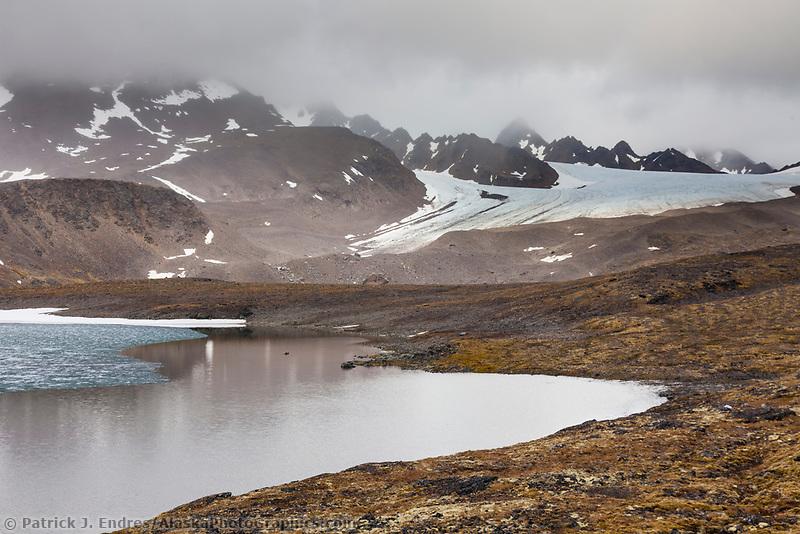 Signehamna bay, Krossfjorden, Svalbard