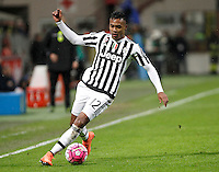 Calcio, Coppa Italia: semifinale di ritorno Inter vs Juventus. Milano, stadio San Siro, 2 marzo 2016. <br /> Juventus&rsquo; Alex Sandro in action during the Italian Cup second leg semifinal football match between Inter and Juventus at Milan's San Siro stadium, 2 March 2016.<br /> UPDATE IMAGES PRESS/Isabella Bonotto