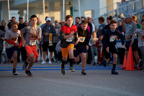2018 Florida Turkey Trot by Fit2Run on November 22, 2018 at Nathan Benderman Park in Sarasota, Florida.  (Mike Janes Photography)