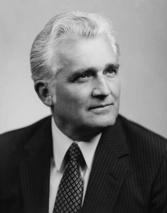 Rep. Joseph M. Gaydos D-Pa. in 1989. (Photo by CQ Roll Call)