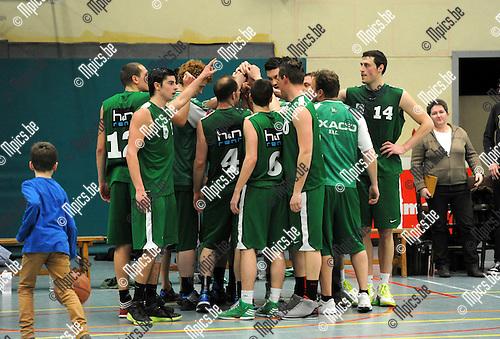 2013-03-09 / Basketbal / seizoen 2012-2013 / Oxaco - Soba / Oxaco viert de overwinning..Foto: Mpics.be