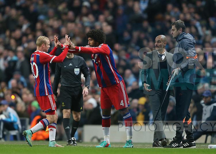 Dante of Bayern Munich comes on for Sebastian Rode of Bayern Munich  - UEFA Champions League group E - Manchester City vs Bayern Munich - Etihad Stadium - Manchester - England - 25rd November 2014  - Picture Simon Bellis/Sportimage