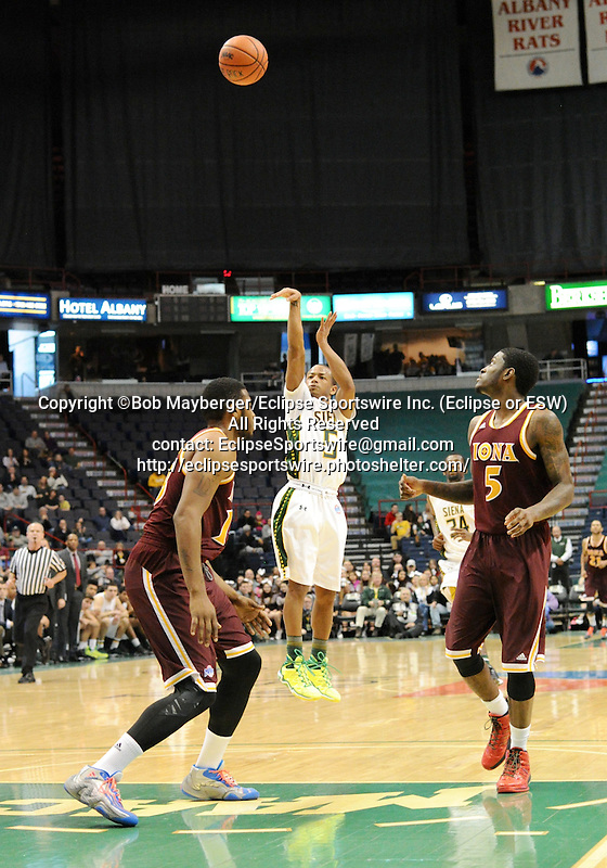 Game action from a Metro Atlantic Athletic Conference game which saw Iona defeat Siena 87-78 on January 12, 2014 at the Times Union Center in Albany, New York.  (Bob Mayberger/Eclipse Sportswire)