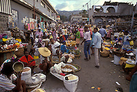 AJ2285, Haiti, street market, Caribbean, Haitian people display their wares on the street in the city of Petionville in Haiti.