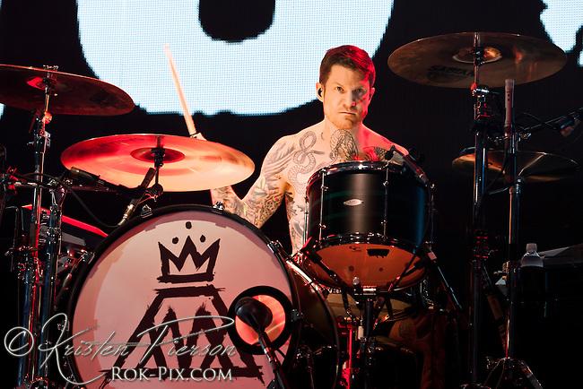Fall Out Boy perform at Mohegan Sun Arena September 5, 2013