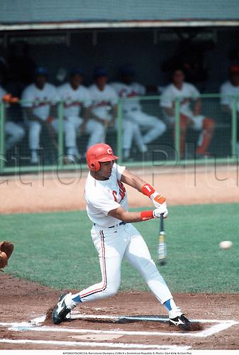 ANTONIO PACHECCA, Barcelona Olympics, CUBA 8 v Dominican Republic 0, Photo: Glyn Kirk/Action Plus...ballsports.olympic games.hitter.baseball.1992