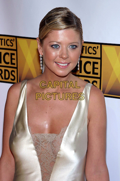 TARA REID.The 10th Annual Critics' Choice Awards held at the Wiltern Theatre, Los Angeles, California, USA, .January 10th 2005..portrait headshot.Ref: ADM.www.capitalpictures.com.sales@capitalpictures.com.©JWong/AdMedia/Capital Pictures .