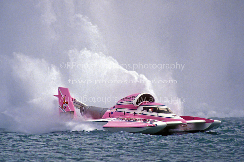 """Chip Hanauer, U-31 """"Miss Circus Circus"""", with the rear wing failure."""