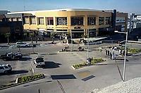 Quer&eacute;taro, Qro. 26 de diciembre de 2017.- Cerca de 50 personas fueron evacuadas en la plaza comercial Uptown Juriquilla, donde se registr&oacute; un incendio al interior del gimnasio Sport World, que dej&oacute; cuantiosos da&ntilde;os materiales.<br /> Foto: Oscar Aguilar.