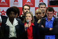 SÃO PAULO,SP, 13.07.2017 - LULA-SP - A Presidente do Partido dos Trabalhadores (PT),  Gleice Hofmman, durante coletiva do ex-presidente Luiz Inacio Lula da Silva na sede do partido, no centro de São Paulo na manhã desta quinta-feira (13).<br /> <br /> (Foto: Fabricio Bomjardim / Brazil Photo Press)