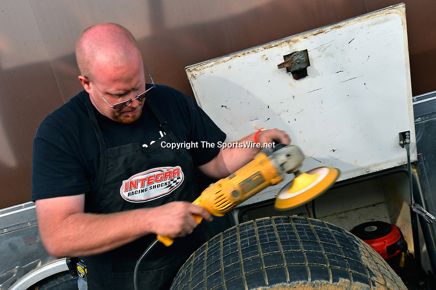 Feb 16, 2014; 3:29:07 PM; Ocala, FL., USA; The Third Annual Bubba Army Winter Nationals World Of Outlaws Super Late Models paying $12,000 to win at Bubba RaceWay Park.  Mandatory Credit: (thesportswire.net)