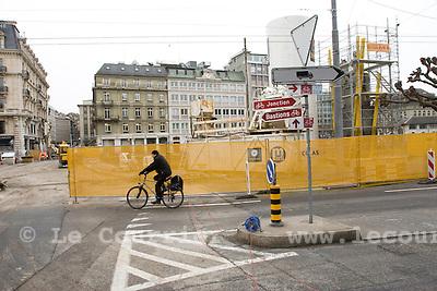 Genève, le 10.03.2009.Place bel-air..Chantier pour le futur passage du tram 12..© Le Courrier / J.-P. Di Silvestro