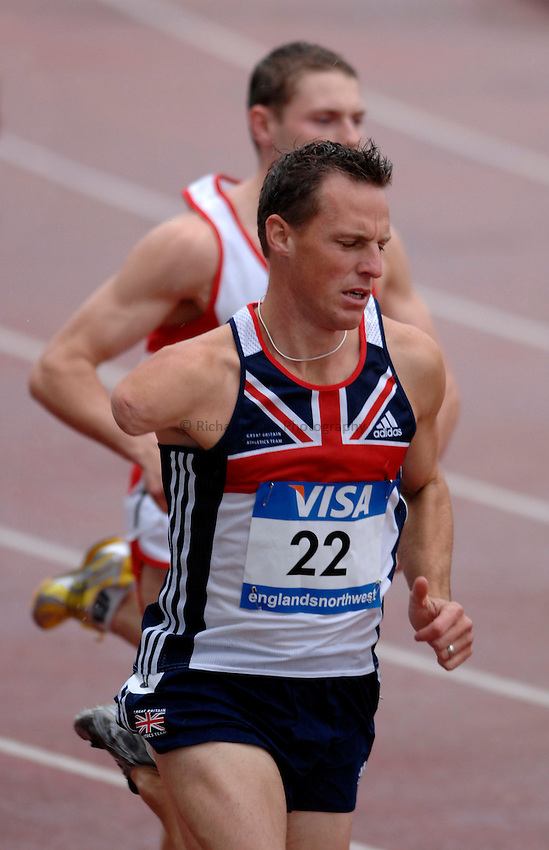Photo: Richard Lane..VISA Paralympic World Cup 2007. Athletics. 13/05/2007. .Danny Crates of Great Britain (22) in the men's T46 800m.