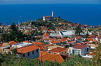 Portugal, Madeira, Blick vom Pico dos Barcelos bei Funchal auf die Kirche von Sao Martinho