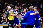 Stockholm 2013-10-20 Handboll Elitserien Hammarby IF - Alings&aring;s HK :  <br /> Alings&aring;s m&aring;lvakt 16 Mikael Aggefors , Alings&aring;s 14 Johan Fagerlund och Alings&aring;s 5 Max Darj jublar med lagkamrater efter matchen och segern &ouml;ver Hammarby<br /> (Foto: Kenta J&ouml;nsson) Nyckelord:  jubel gl&auml;dje lycka glad happy