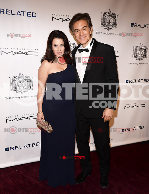 NEW YORK, NY - MARCH 10: Lisa Oz (L) and Dr. Mehmet Oz attend the Hasty Pudding Institute of 1770 Honors David Heyman at the Order of the Golden Sphinx Gala at the Appel Room at Jazz at Lincoln Center on March 10, 2014 in New York City.  ©HP/Starlitepics /NORTEPHOTO.COM