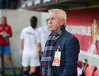 20140410 - LEUVEN , BELGIUM : Norway coach Even Pellerud pictured during the female soccer match between Belgium and Norway, on the seventh matchday in group 5 of the UEFA qualifying round to the FIFA Women World Cup in Canada 2015 at Stadion Den Dreef , Leuven . Thursday 10th April 2014 . PHOTO DAVID CATRY