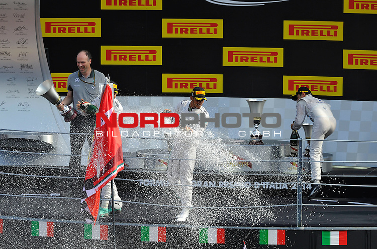 Podium - Nico Rosberg (GER), Mercedes GP - Lewis Hamilton (GBR), Mercedes GP - Felipe Massa (BRA), Williams GP<br />  Foto &copy; nph / Mathis