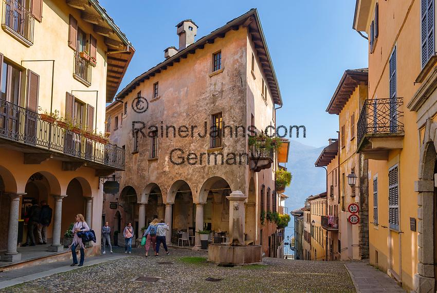 Italy, Piedmont, Cannobio: picturesque small town with historical old town, lane | Italien, Piemont, Cannobio: malerisches Staedtchen mit historischem Altstadtkern, Altstadtgasse