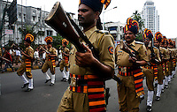Police march in tribute to servicemen killed during the multiple terrorist attacks launched in Mumbai on 26/11/2008..
