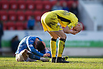 St Johnstone v St Mirren....21.03.15<br /> Jim Goodwin and Michael O'Halloran clash heads<br /> Picture by Graeme Hart.<br /> Copyright Perthshire Picture Agency<br /> Tel: 01738 623350  Mobile: 07990 594431