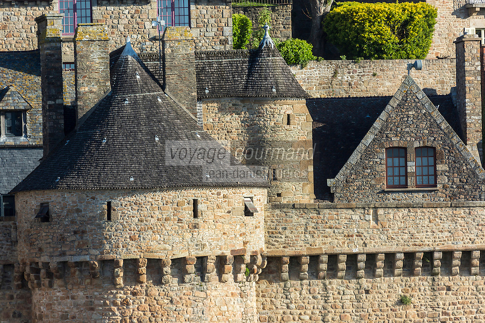 Europe/France/Normandie/Basse-Normandie/50/Manche: Baie du Mont Saint-Michel, classée Patrimoine Mondial de l'UNESCO, Le Mont Saint-Michel : Remparts et Tour du Roy // Europe/France/Normandie/Basse-Normndie/50/Manche: Bay of Mont Saint Michel, listed as World Heritage by UNESCO,  The Mont Saint-Michel