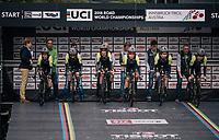 Team Mitchelton-Scott off the start ramp<br /> <br /> UCI WOMEN'S TEAM TIME TRIAL<br /> Ötztal to Innsbruck: 54.5 km<br /> <br /> UCI 2018 Road World Championships<br /> Innsbruck - Tirol / Austria