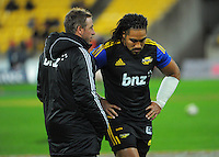 Hurricanes assistant coach Clark Laidlaw talks to Ma'a Nonu before the Super Rugby match between the Hurricanes and Chiefs at Westpac Stadium, Wellington, New Zealand on Saturday, 16 May 2015. Photo: Dave Lintott / lintottphoto.co.nz