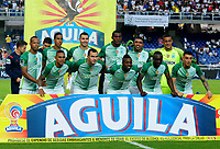 CALI - COLOMBIA - 05 - 05 - 2017: Los jugadores de Atletico Nacional, posan para una foto, durante partido entre Cortulua y Atletico Nacional, de la fecha 16 por la Liga Aguila I 2017 jugado en el estadio Pascual Guerrero de la ciudad de Cali. / The players of Atletico Nacional, pose for a photo, during a match Cortulua and Atletico Nacional, for the date 16th of the Liga Aguila I 2017 played at the Pascual Guerrero stadium in Cali city. Photo: VizzorImage / Nelson Rios / Cont.