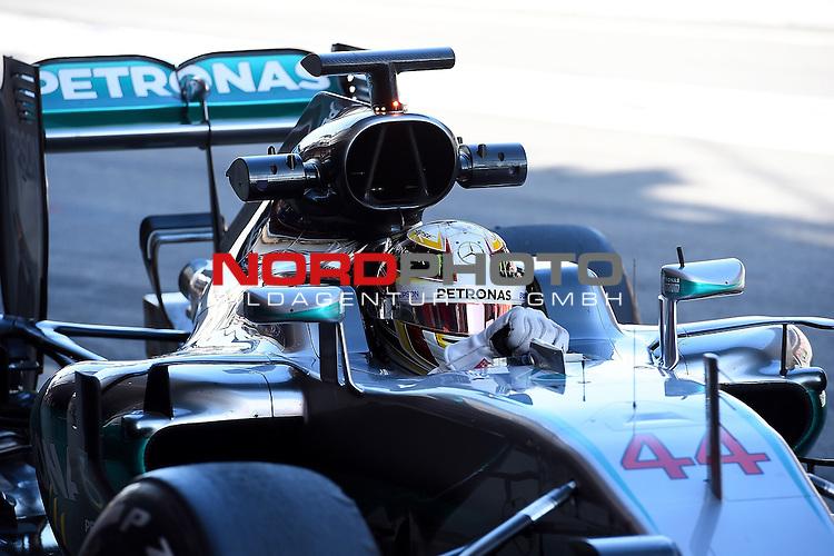 Formel 1 Testfahrten 2016 in Barcelona<br /> Lewis Hamilton (GB#44), Mercedes AMG Petronas Formula One Team<br /> <br /> <br /> Foto &copy; nordphoto /  Bratic