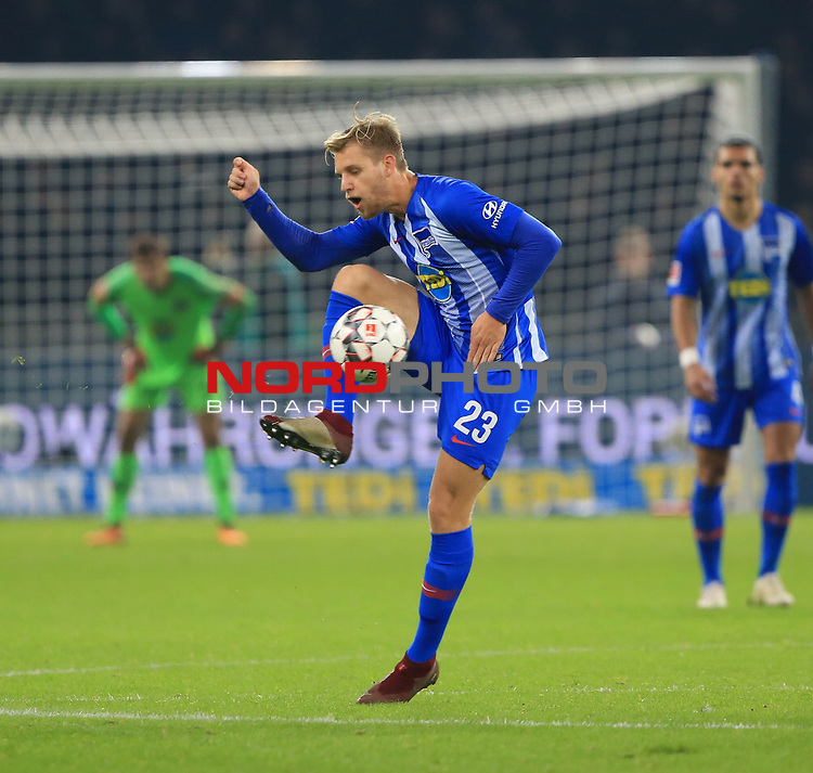 03.11.2018, OLympiastadion, Berlin, GER, DFL, 1.FBL, Hertha BSC VS. RB Leipzig, <br /> DFL  regulations prohibit any use of photographs as image sequences and/or quasi-video<br /> <br /> im Bild Arne Maier (Hertha BSC Berlin #26)<br /> <br />       <br /> Foto &copy; nordphoto / Engler