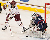 Alex Carpenter (BC - 5), Elaine Chuli (UConn - 29) - The Boston College Eagles defeated the visiting UConn Huskies 4-0 on Friday, October 30, 2015, at Kelley Rink in Conte Forum in Chestnut Hill, Massachusetts.