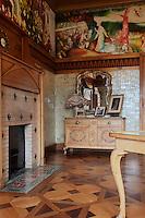 Europe/France/Aquitaine/64/Pyrénées-Atlantiques/Pays-Basque/Cambo-les-Bains: La Villa Arnaga, Musée Edmond Rostand - Le boudoir de Roseomonde,
