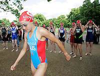 22 JUL 2007 - LONDON, UK - Erin Densham - Corus Elite Triathlon Series. (PHOTO (C) NIGEL FARROW)