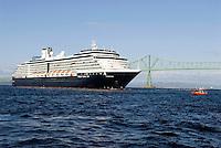 Cruise ship, Astoria, Oregon protected by Coast Guard