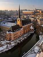 Abtei Neum&uuml;nster in Grund, Luxemburg-City, Luxemburg, Europa, UNESCO-Weltkulturerbe<br /> Abbey Neum&uuml;nster in Grund, Luxembourg City, Europe, UNESCO Heritage