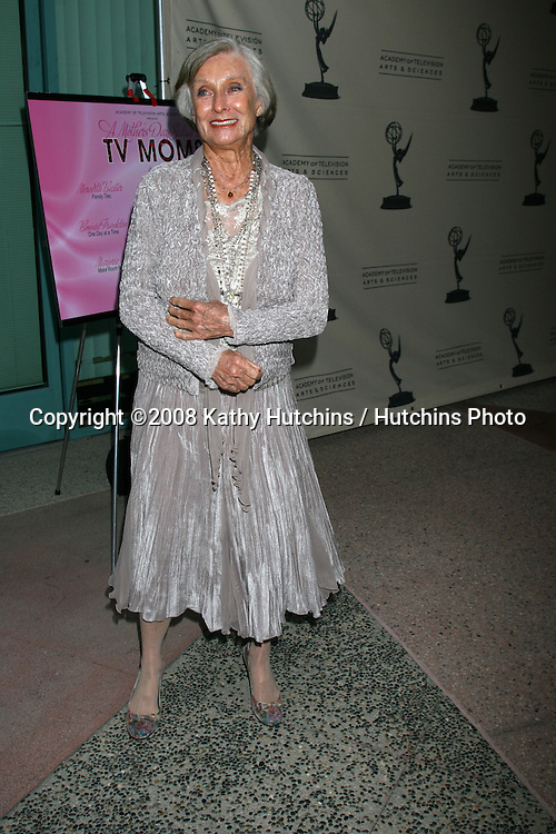 "Cloris Leachman.Academy of TV Presents ""A Mother's Day Salute to TV Moms.Academy of Television Arts & Sciences.N. Hollywood, CA.May 6, 2008.©2008 Kathy Hutchins / Hutchins Photo ."