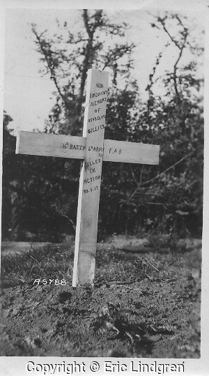 A soldier's temporary field grave on a French battlefield. World War 1.