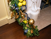 "The 2018 White House Christmas decorations, with the theme ""American Treasures"" which were personally selected by first lady Melania Trump, are previewed for the press in Washington, DC on Monday, November 26, 2018.   <br /> This detail  of the Vermeil Room showing the Christmas garland that surrounds the mantel. <br /> Credit: Ron Sachs / CNP"