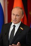Bundeskanzlerin Angela Merkel und der russische Premier Wladimir Putin bei der gemeinsamen Pressekonferenz in Moskau am 10. Mai 2015. / Angela Merkel and Vladimir Putin at the joint press conference on 10th May in Moscow.