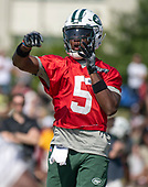 New York Jets quarterback Teddy Bridgewater (5) participates in a joint training camp practice with the Washington Redskins at the Washington Redskins Bon Secours Training Facility in Richmond, Virginia on Tuesday, August 14, 2018.<br /> Credit: Ron Sachs / CNP<br /> (RESTRICTION: NO New York or New Jersey Newspapers or newspapers within a 75 mile radius of New York City)