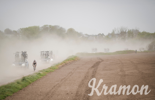 getting dropped over the Breton gravel roads is no fun<br /> <br /> 36th TRO BRO LEON 2019 (FRA)<br /> One day race from Plouguerneau to Lannilis (205km)<br /> <br /> ©kramon