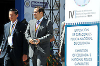 MEDELLIN -COLOMBIA. 21-11-2013. El se–or Ministro de La Defensa Nacional Juan Carlos Pinzon instalo La IV  Reunion de Ministros en Materia de Seguridad Publica de Las Americas-MISPA / The Minister of National Defense Juan Carlos Pinzon install the IV Meeting of Ministers Responsible for Public Security-MISPA Las Americas.  Photo: VizzorImage / Mauricio Orjuela / Ministerio de Defensa Nacional.